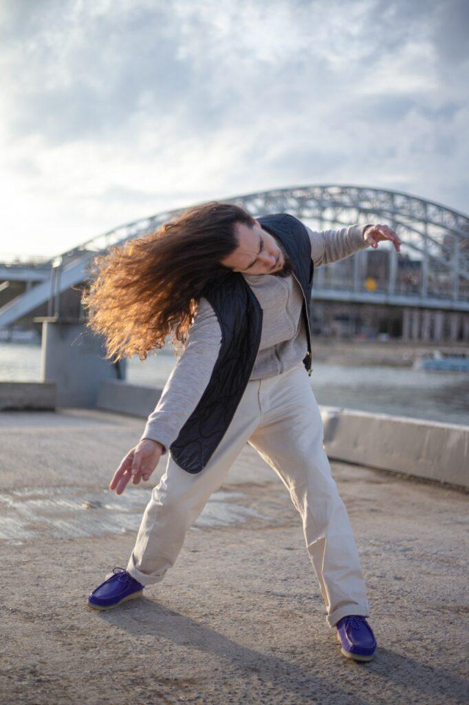 Théophile Bensusan chorégraphe ateliers artistiques Danse en Seine 2021